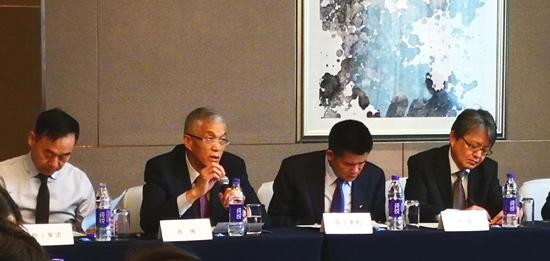 中国工程机械工业协会会长祁俊发言